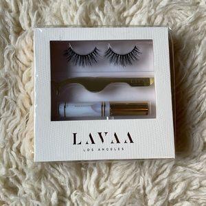 """Lavaa """"Flirty"""" Lash Kit"""